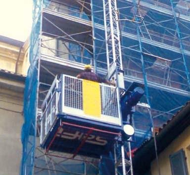 Ceer noleggio montarichi e ascensori da cantiere for Montacarichi usati
